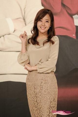 ソ・ユジン、週末ドラマ「子供が5人」の制作発表会に出席。