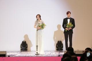 「富川国際ファンタスティック映画祭」(Bifan)のレッドカーペット行事が16日の夜、富川(プチョン)市のブチョン体育館で開かれた。この日のレッドカーペット行事には、「