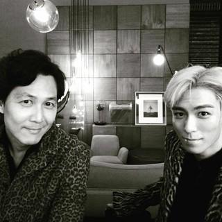 「BIGBANG」T.O.P、SNS更新。俳優イ・ジョンジェ、チョン・ウソンとのツーショット写真などを公開。 (3枚)