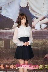 29日の午後、ソウルの上岩MBC社屋でドラマ「明日も勝利」の制作発表会が開かれた。この催事には、チョン・ソミン、チェ・フィリップ、ユ・ホリン、ソン・ウォングン、イ・ジヒョン