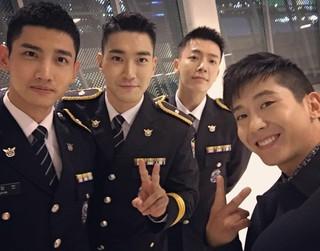 Fly to the Skyブライアン、「スーパー神起」と対面。 Super Junior+東方神起、除隊まであと少し。