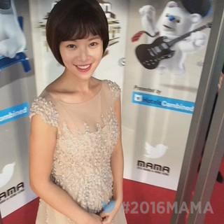 【動画】女優ファン・ジョンウム、MAMA参加中。