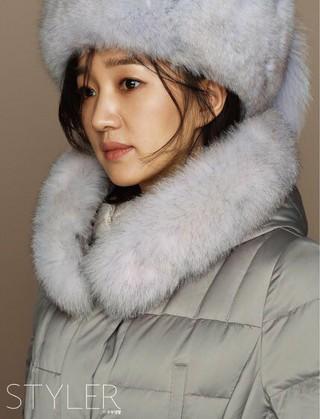 女優スエ、冬の画報公開。雑誌STYLER。