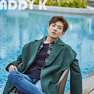 MBLAQ 出身俳優イ・ジュン、画報公開。朝風呂?雑誌「ADDY K」。 (2枚)