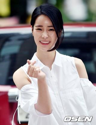 女優イム・ジヨン、2歳年上実業家との交際を認める。「最近、交際に発展。温かく見守ってほしい」。
