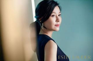女優キム・ハヌル、画報公開。化粧品ブランド「ESTEE LAUDER(エスティ ローダー)」。