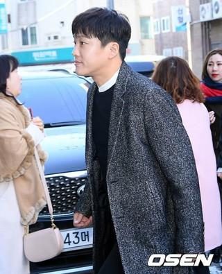 俳優チャ・テヒョン、BIGBANG SOLx女優ミン・ヒョリンの結婚式に参加。●映画「猟奇的な彼女」、「過速スキャンダル」の名優。