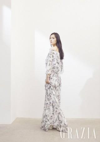 女優ハン・ガイン、画報公開。雑誌「GRAZIA」