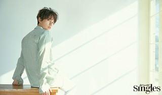 俳優ユン・シユン、画報公開。「Singles」。