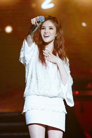 歌手GUMMY、5月に小劇場コンサートを開催。