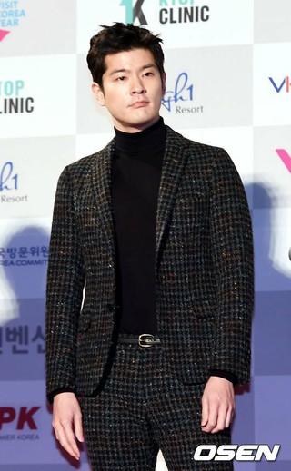 チャン・ギハ、Wanna Oneのカン・ダニエル iKONのJU-NEに続き、MBCバラエティ番組「布団の外はあぶない」に合流。