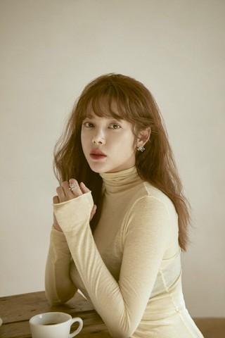 女優パク・シヨン、画報公開。ジュエリーブランドMZUUの2018 Spring Joliコレクション。