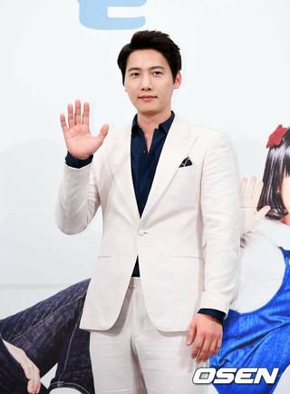 俳優イ・サンウ、KBSドラマ「一緒に暮らしますか?」制作発表会に出席。