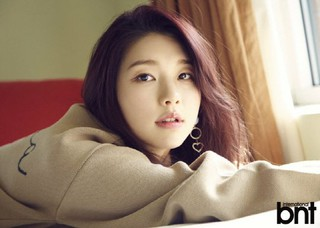 モデルのキム・ジンギョン、画報公開。「bnt」。