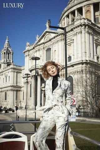 女優キム・ソンリョン、ロンドンで撮影した画報を公開。