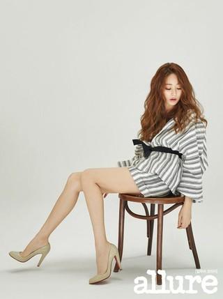 女優キム・ヒョジン、画報公開。「allure korea」。