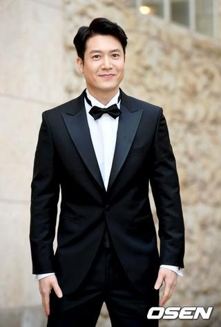 俳優チョ・ヒョンジェ、本日結婚。女子ゴルフ選手出身の女性事業家と結婚。ソウル江南(カンナム)区。
