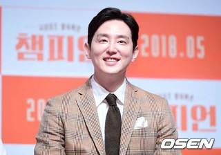 俳優クォン・ユル、映画「チャンピオン」の制作報告会に出席。2日午前。ソウル狎鴎亭CGV。