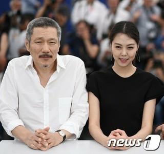 ホン・サンス監督 女優キム・ミニ、17日に韓国で行われる映画「Claire&#39&#59;s Camera」マスコミ配給試写会は不参加。