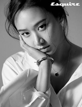 女優コ・ソンヒ、画報公開。