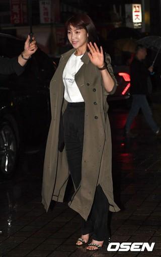 女優キム・オクビン、ドラマ「小さな神の子供たち」の打ち上げパーティーに参加。ソウル汝矣島(ヨイド)