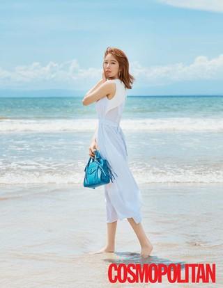 女優ユ・インナ、画報公開。「COSMOPOLITAN」。