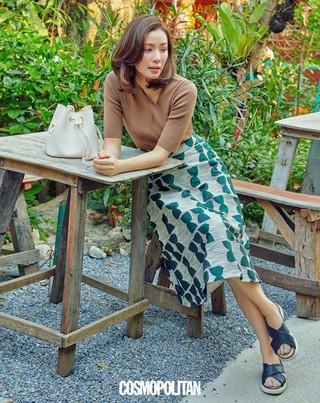 女優ソン・テヨン、画報公開。COSMOPOLITAN。