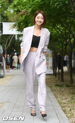 女優ソ・ヒョリム、jain songのフォトコールイベントに出席。24日午後、ソウル・S FACTORY。