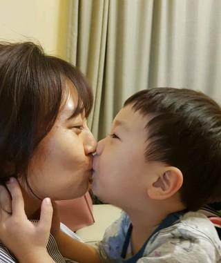 チャン・ユンジョン の夫ト・ギョンワン、妻と息子の愛情表現に嫉妬。。。「僕の妻が1番愛する男」。