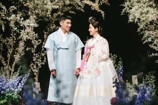 女優ハン・チェア、結婚式の写真を追加公開。