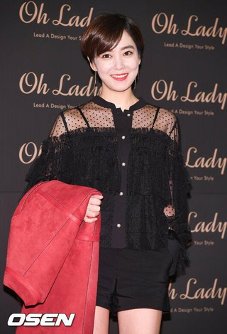 「超高速の結婚」女優イ・ソヨン、3年ぶりに離婚説。●「ヨン様」ぺ・ヨンジュンの相手役など。●2015年、2歳年下のベンチャー事業家と出逢い。●1か月で家族同士の挨拶。4か月で