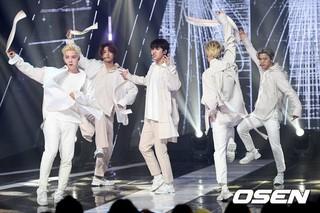 CROSS GENE、MBC MUSIC「Show Champion」に出演。