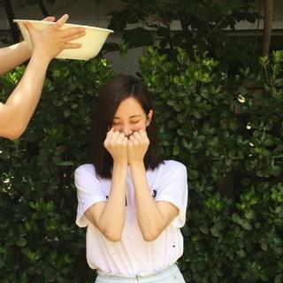 【g公式】少女時代 ソヒョン、アイス・バケツ・チャレンジに参加。次の指名は少女時代ヒョヨン、俳優キム・ジョンヒョン、ファン・スンオン。