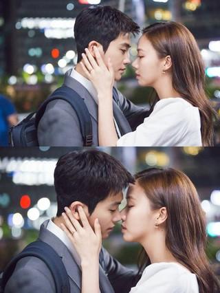 ZE:A パク・ヒョンシク 女優コ・ソンヒ、ドラマ「スーツ」キス寸前のスチールカット公開。