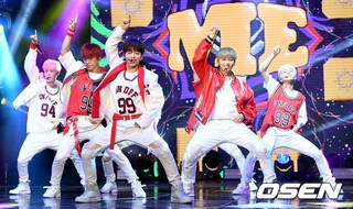 ONF、2ndミニアルバム「You Complete Me」ショーケースを開催。7日午前、ソウル・新世界メサホール。