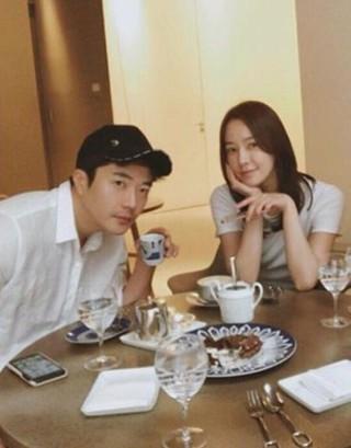 女優ソン・テヨン 夫で俳優クォン・サンウとの甘い近況公開。