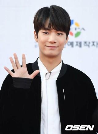 NU'EST JR(キム・ジョンヒョン)、JTBC新バラエティ「バーチャルライフ」の初ゲストに確定。