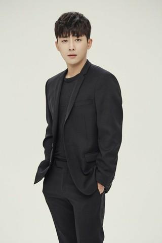 俳優ソン・ホジュン、MBC「私の後ろにテリウス」に出演確定。悪役に初挑戦。下半期放送。