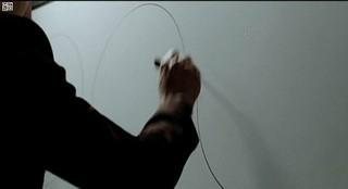【動画】俳優キム・レウォン、〇の描き方がものすごく上手!~その1。