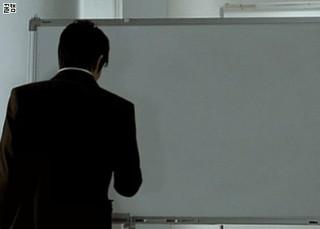 【動画】俳優キム・レウォン、〇の描き方がものすごく上手!~その2。