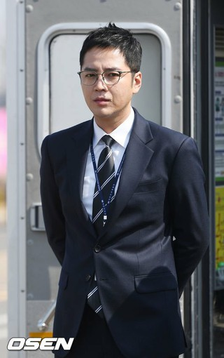 俳優チャン・グンソク、軍入隊日程に関して近々立場を明かす予定。ある韓国メディアが社会服務要員として19日に陸軍訓練所に入隊すると報道した。