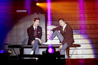【G公式】東方神起、香港で開かれた単独コンサートのようすを公開。●TVXQ! CONCERT -CIRCLE- #welcome in HONG KONG