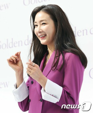 女優チェ・ジウ の夫の詳細を最初に報じたDispatchに廃刊請願。14万人突破。
