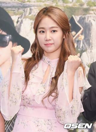 SISTAR 出身ソユ、tvN音楽バラエティ「イタカに行く道」制作発表会に出席。