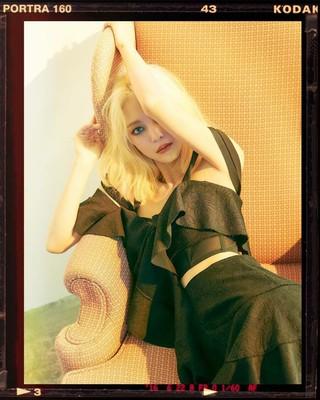 【g公式】女優ハン・イェスル、SNS更新。wkoreaの画報撮影のとき写真を公開。