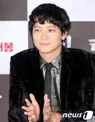 俳優カン・ドンウォン、映画「人狼」のメディア試写会に出席。20日午後、ソウル・龍山CGV。