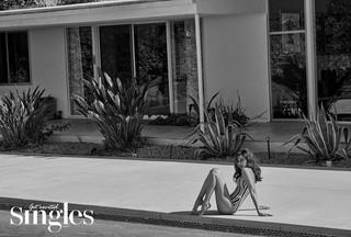女優キム・アジュン、画報公開。「Singles」Bカット。