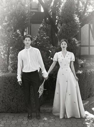 俳優ソン・ジュンギ、女優ソン・ヘギョの夫婦、仕事を再開。●ソン・ジュンギ:ファンタジードラマ「アスダル年代記」に出演。ドラマ「太陽の末裔」で共演していたキム・ジウォンと再度の共演