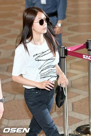 BoA、空港ファッション。SMタウンコンサートのため大阪に向けて出国。