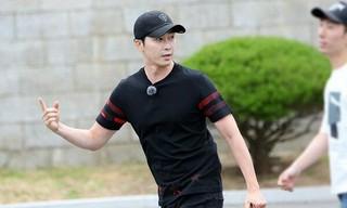 俳優カン・ジファン、入隊。● 「本物の男300」出演のため。●本日、韓国軍のエリートコース「陸軍3士官学校」に入所。●BLACKPINK Lisaと「入隊同期」。。